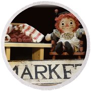 Raggedy Ann Selling Raspberries Round Beach Towel