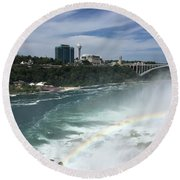 Rainbow Over Niagra Falls Round Beach Towel