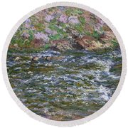 Rapids On The Petite Creuse At Fresselines, 1889 Round Beach Towel