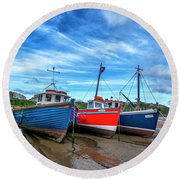 Red And Blue Fishing Boats Tenby Port Round Beach Towel