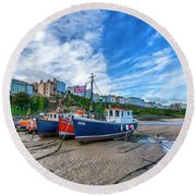 Red And Blue Fishing Trawler In Low Tide Round Beach Towel
