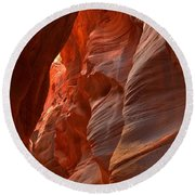 Red And Brown Swirling Sandstone Round Beach Towel