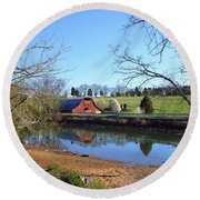 Red Barn And Pond Round Beach Towel