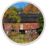 Red Barn In October Round Beach Towel