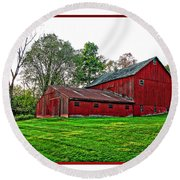 Red Barn In Ohio Round Beach Towel