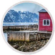 Red Boathouse In Norris Point, Newfoundland Round Beach Towel