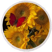 Red Butterfly With Four Sunflowers Round Beach Towel