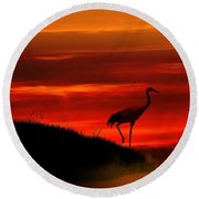 Red Crowned Crane At Dusk Round Beach Towel