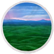 Red Dawn Over The Palouse Round Beach Towel