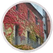 Red Leaves Of Fall Round Beach Towel