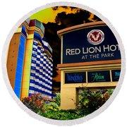 Red Lion Hotel In Spokane Round Beach Towel