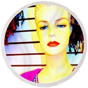 Red Lips And Sequins Round Beach Towel