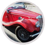 Red Mg Antique Car Round Beach Towel