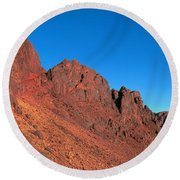 Red Mountains Round Beach Towel