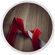 Red Ribbon Round Beach Towel