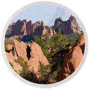 Red Rock Canyon And Garden Of The Gods Round Beach Towel