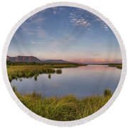 Red Rock Lakes Round Beach Towel