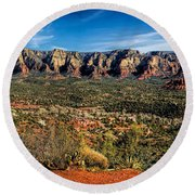 Red Rock Pano Round Beach Towel