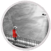 Red Shirt, Black Swanla Seu, Palma De Round Beach Towel