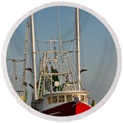 Red Shrimp Boat Round Beach Towel