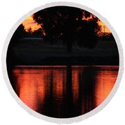 Red Sky Reflection With Tree Round Beach Towel