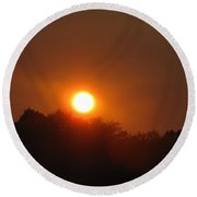 Red Sun Over Shawnee National Forest Round Beach Towel