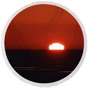 Red Sunrise  Round Beach Towel