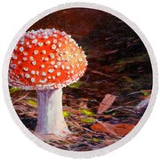 Red Toadstool Round Beach Towel