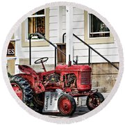 Red Tracktor Round Beach Towel