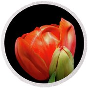 Red Tulip With Bud Round Beach Towel