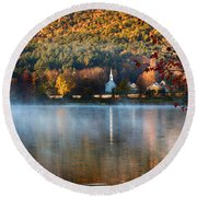 Reflection Of Little White Church With Fall Foliage Round Beach Towel