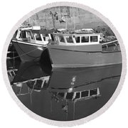 Reflections In The Harbour Round Beach Towel
