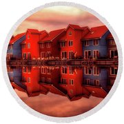Reflections Of Groningen Round Beach Towel