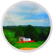 Right Field And Green Meadows Round Beach Towel