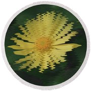 Rippling Daisies  Round Beach Towel