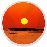 Rising Sun In Nabq Bay Round Beach Towel