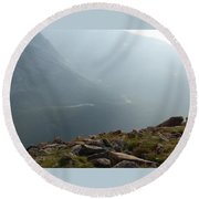 River In The Valley Round Beach Towel