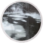 River Of Melting Ice Round Beach Towel
