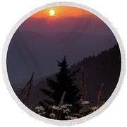 Rize And Shine. Round Beach Towel