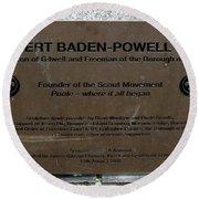 Robert Baden-powell Plaque Round Beach Towel