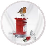 Robin And Postbox Round Beach Towel