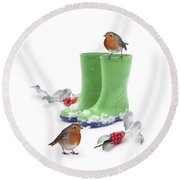 Robins And Green Wellies Round Beach Towel