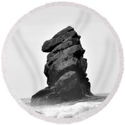 Rock At Morro Bay Round Beach Towel