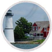 Rock Island Lighthouse July Round Beach Towel