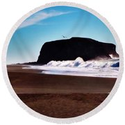 Rock Point In Bodega Bay Round Beach Towel