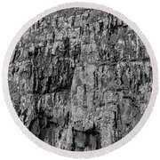 Rock Side Bw #g8 Round Beach Towel