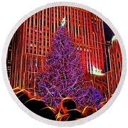 Rockefeller Center Christmas Tree Round Beach Towel