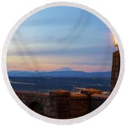 Rocky Butte Viewpoint At Sunset Round Beach Towel