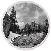 Rocky Mountain Beauty Round Beach Towel