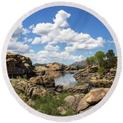 Rocky Shore And Pristine Water Round Beach Towel